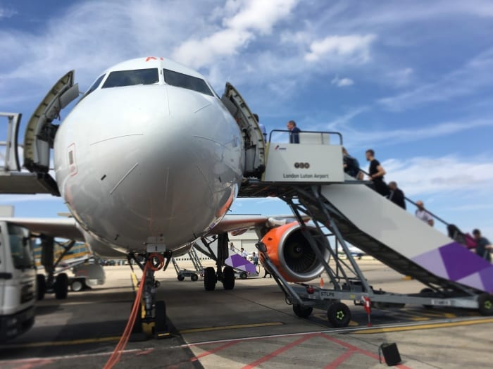 IATA urges governments to help struggling airlines