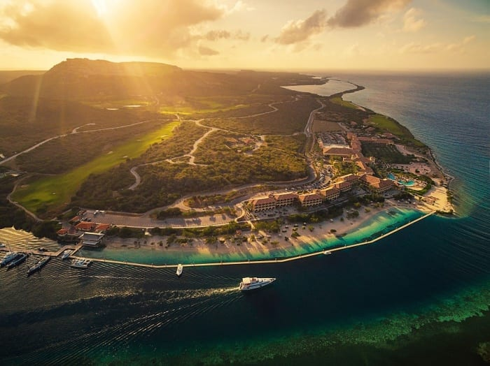 Sandals signs for new resort on island of Curaçao
